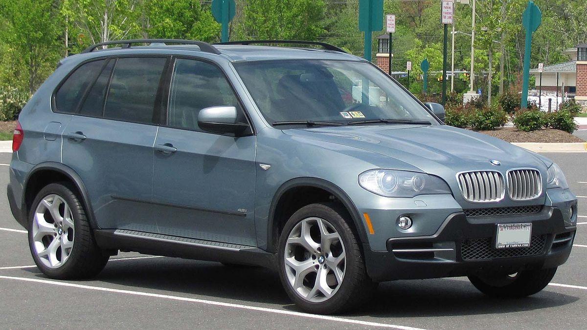 BMW-X5-E70-1