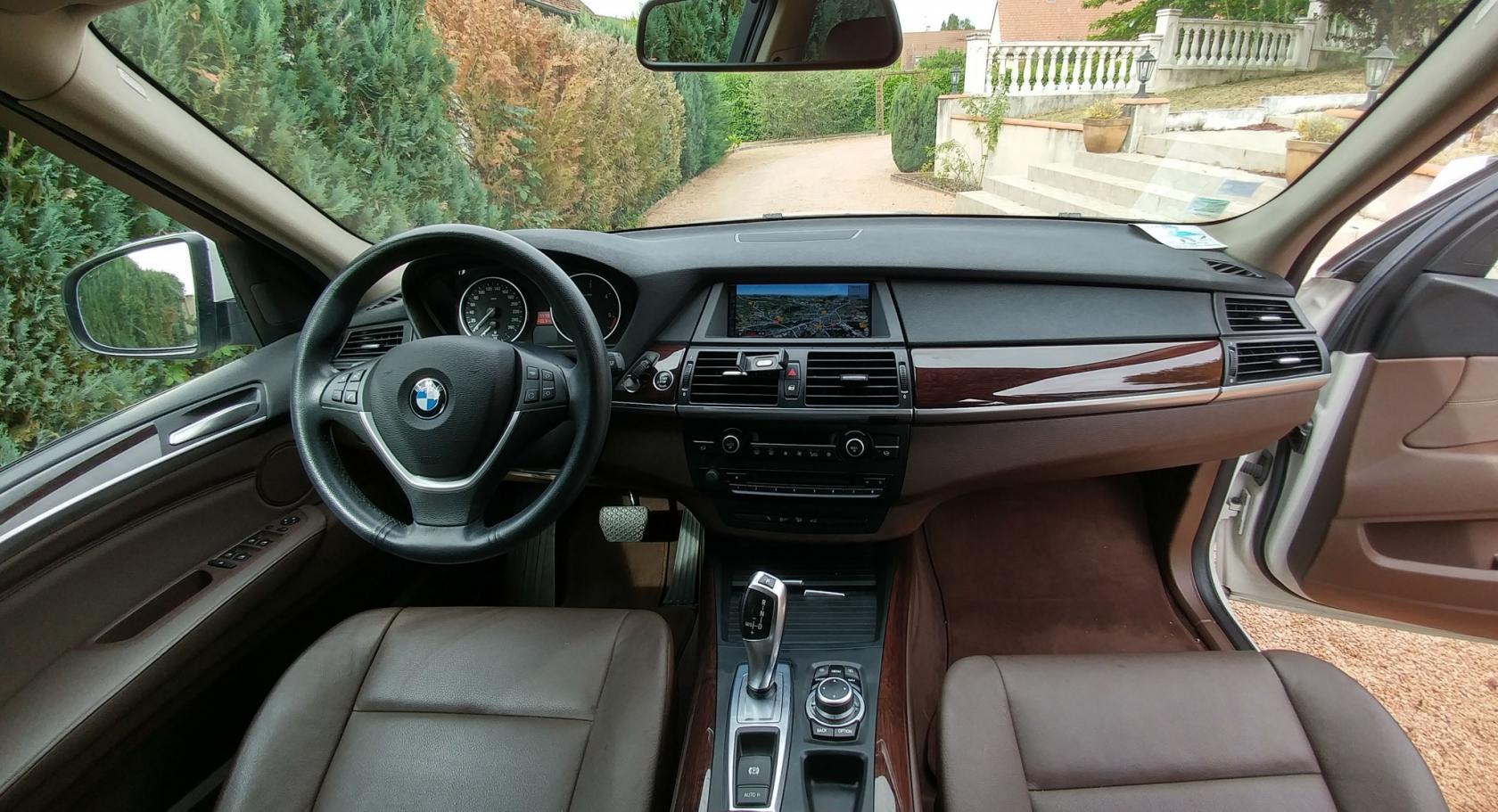 BMW-X5-E70-6