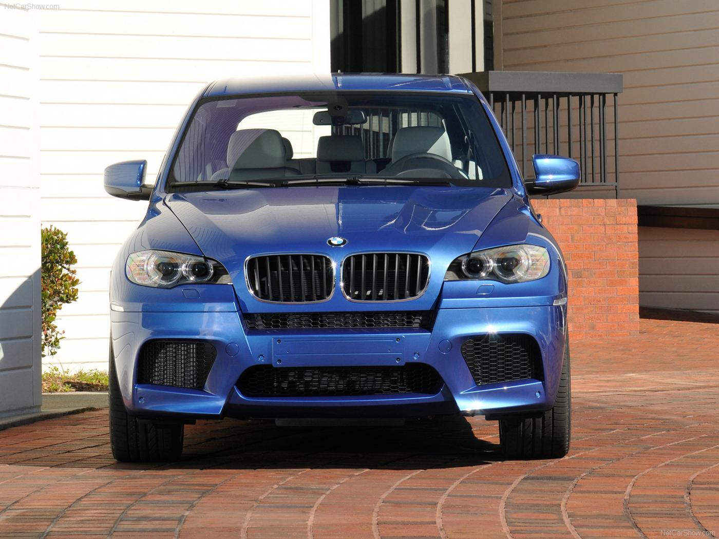 BMW-X5-M-E70-3