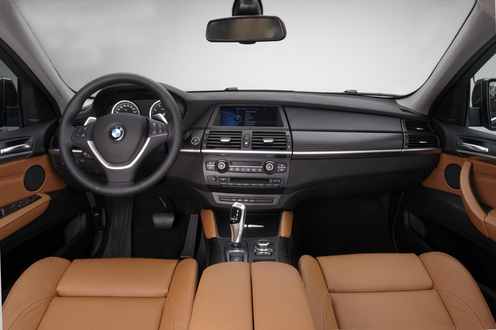 BMW-X6-E71-5