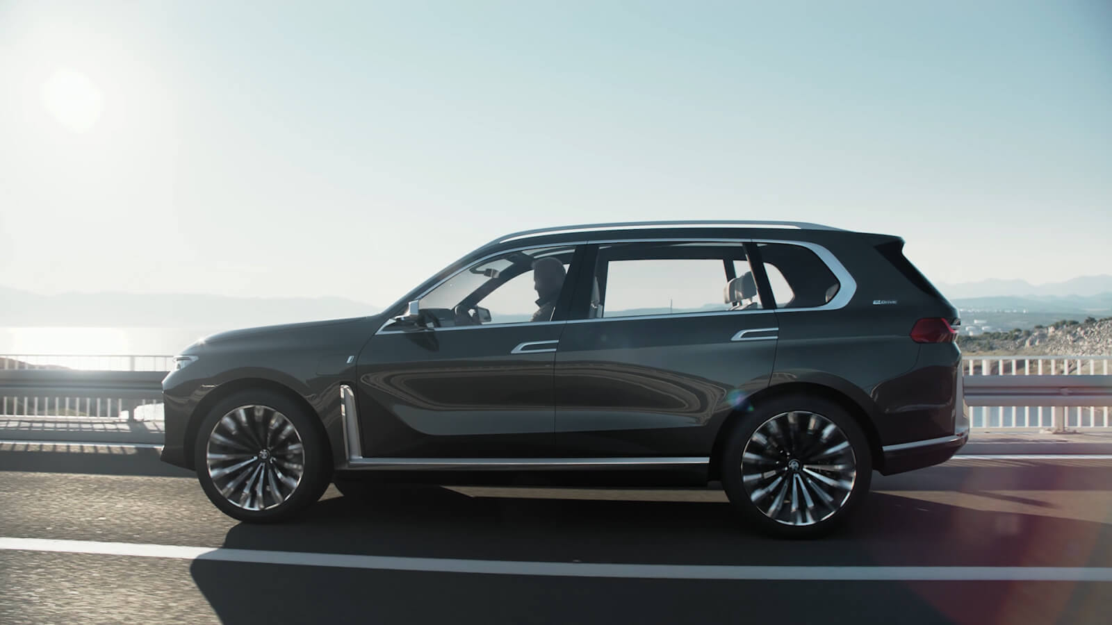 BMW-X7-2.jpg