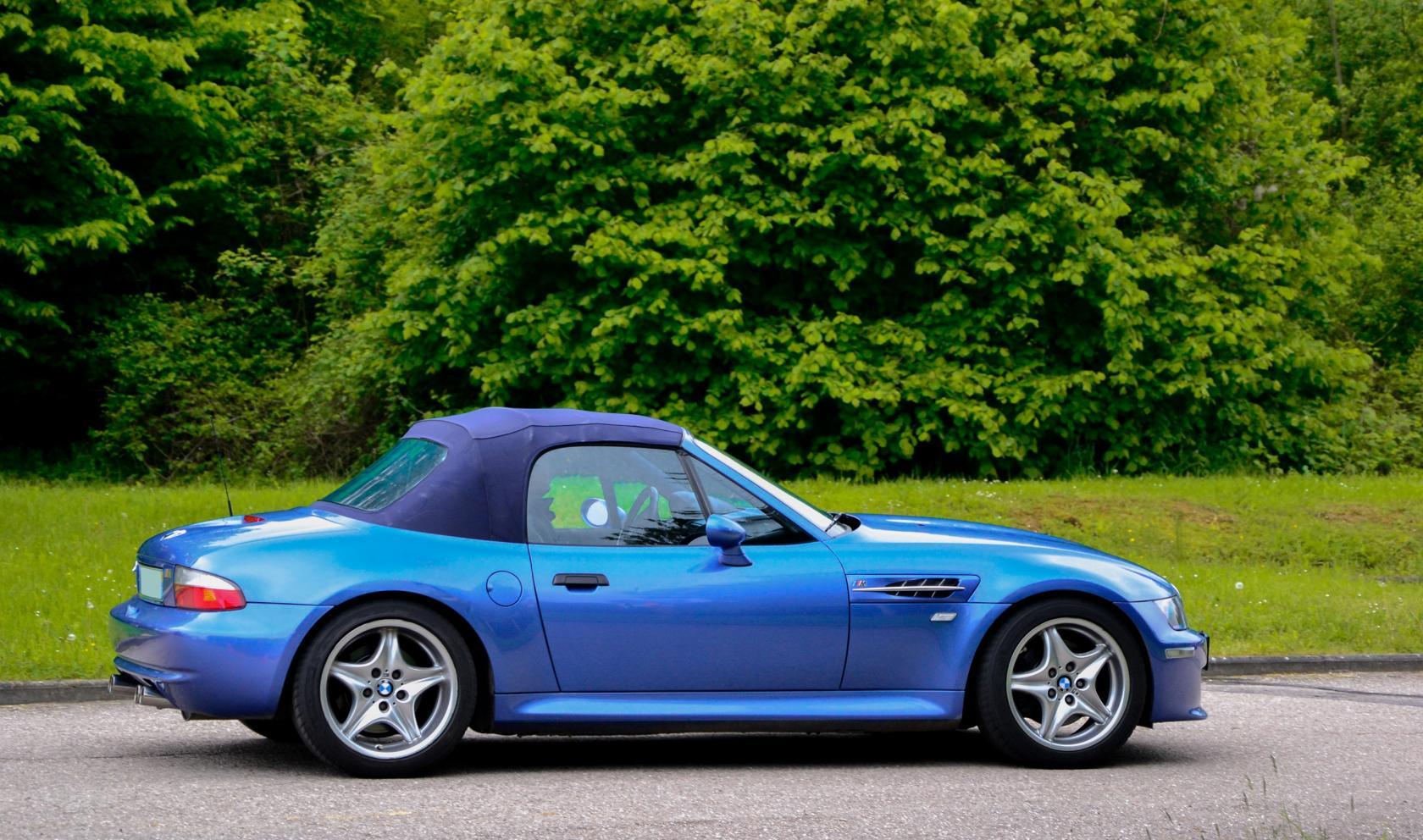 BMW-Z3-M-Roadster-bleue.jpeg