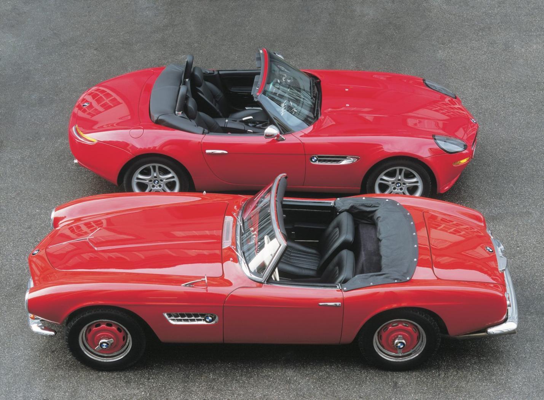 BMW-Z8-E52-avec-la-BMW-507.jpeg