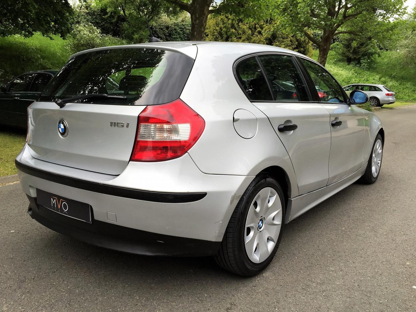 BMW-serie-1-E87-4