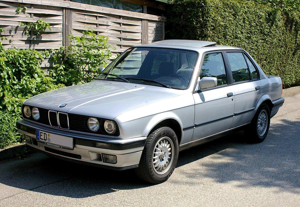 BMW-serie-3-E30-3