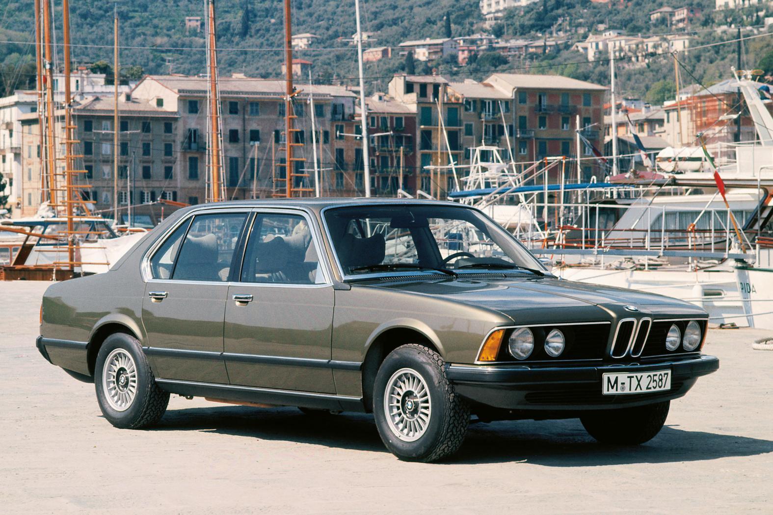 BMW-serie-7-E32-2
