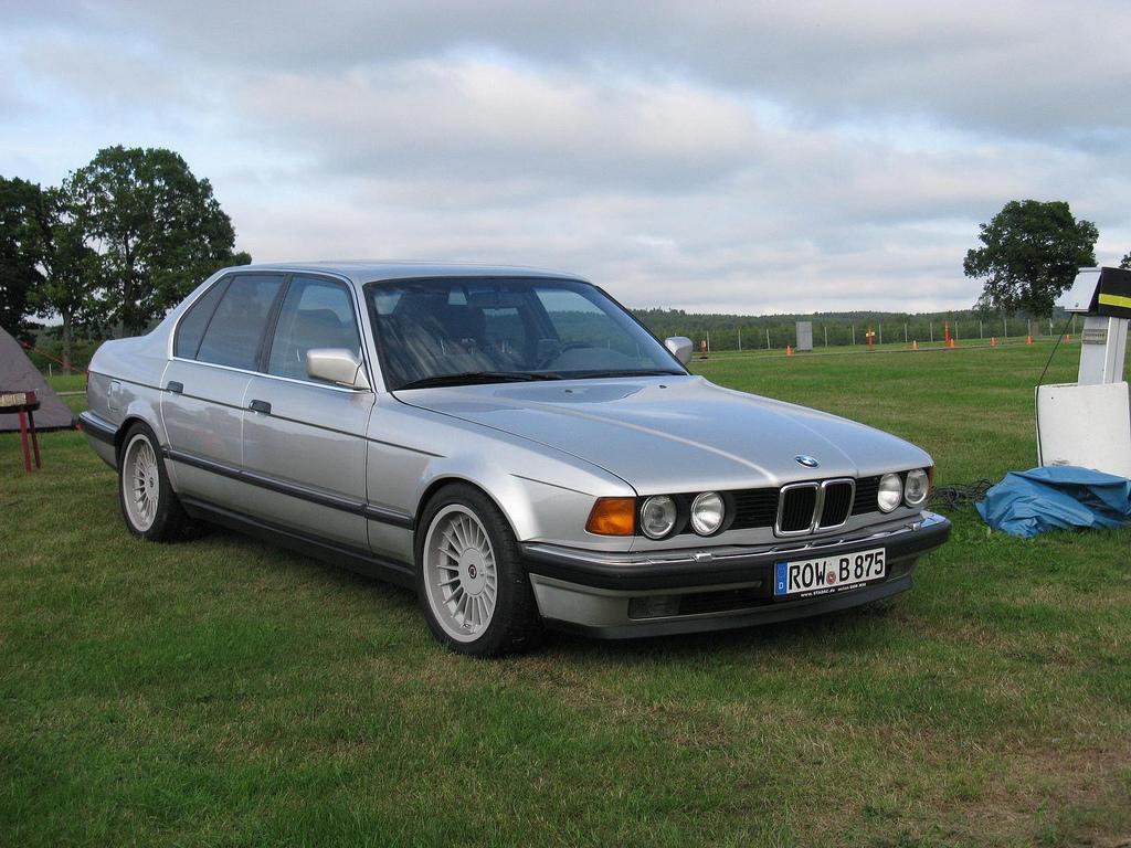 BMW-serie-7-E32-3