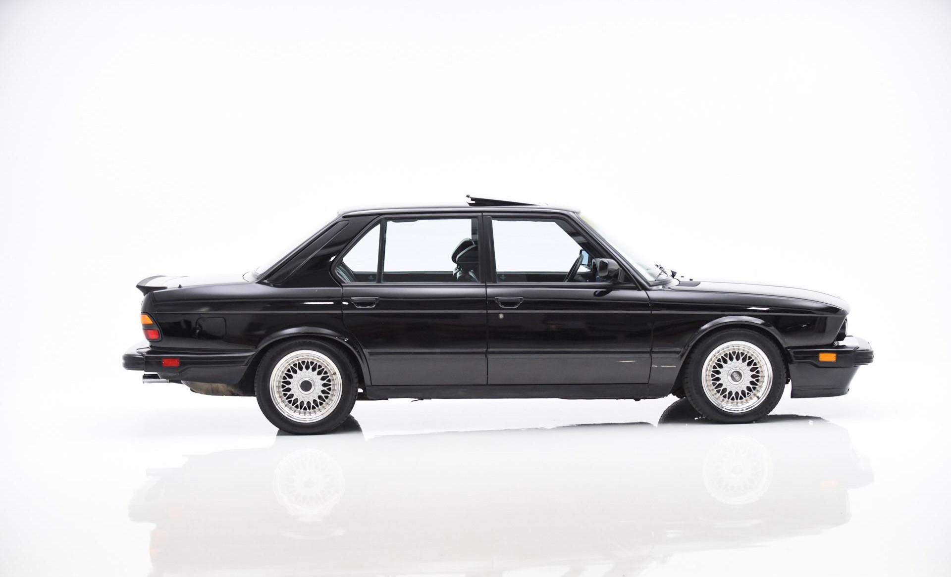 Fiche-occasion-BMW-M5-E28-1.jpg