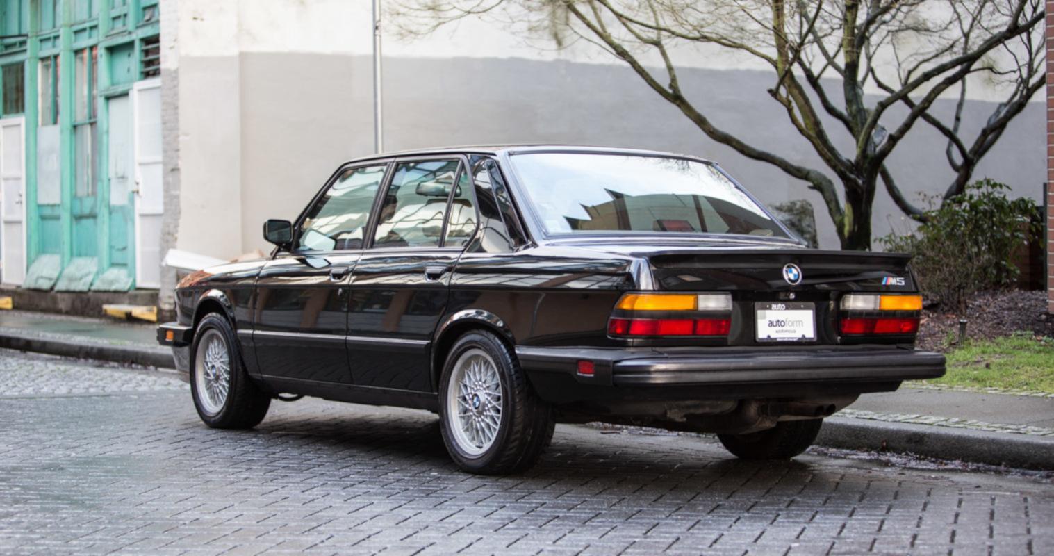 Fiche-occasion-BMW-M5-E28-4.jpeg