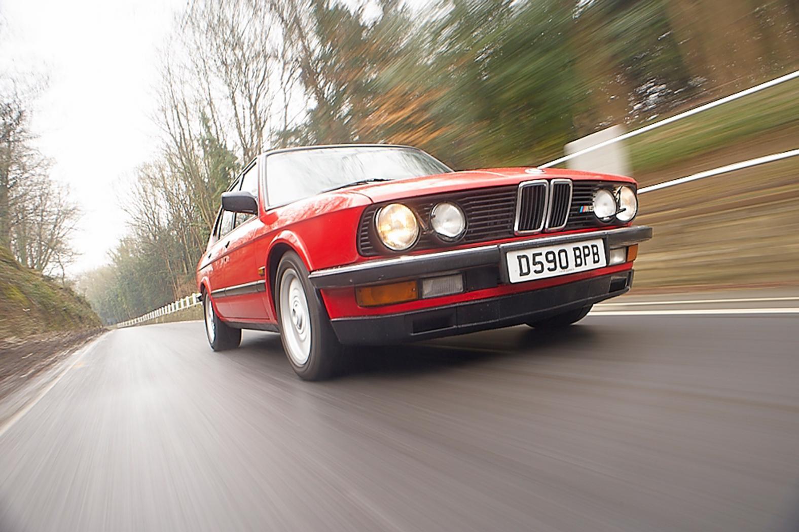 Fiche-occasion-BMW-M5-E28-5.jpeg