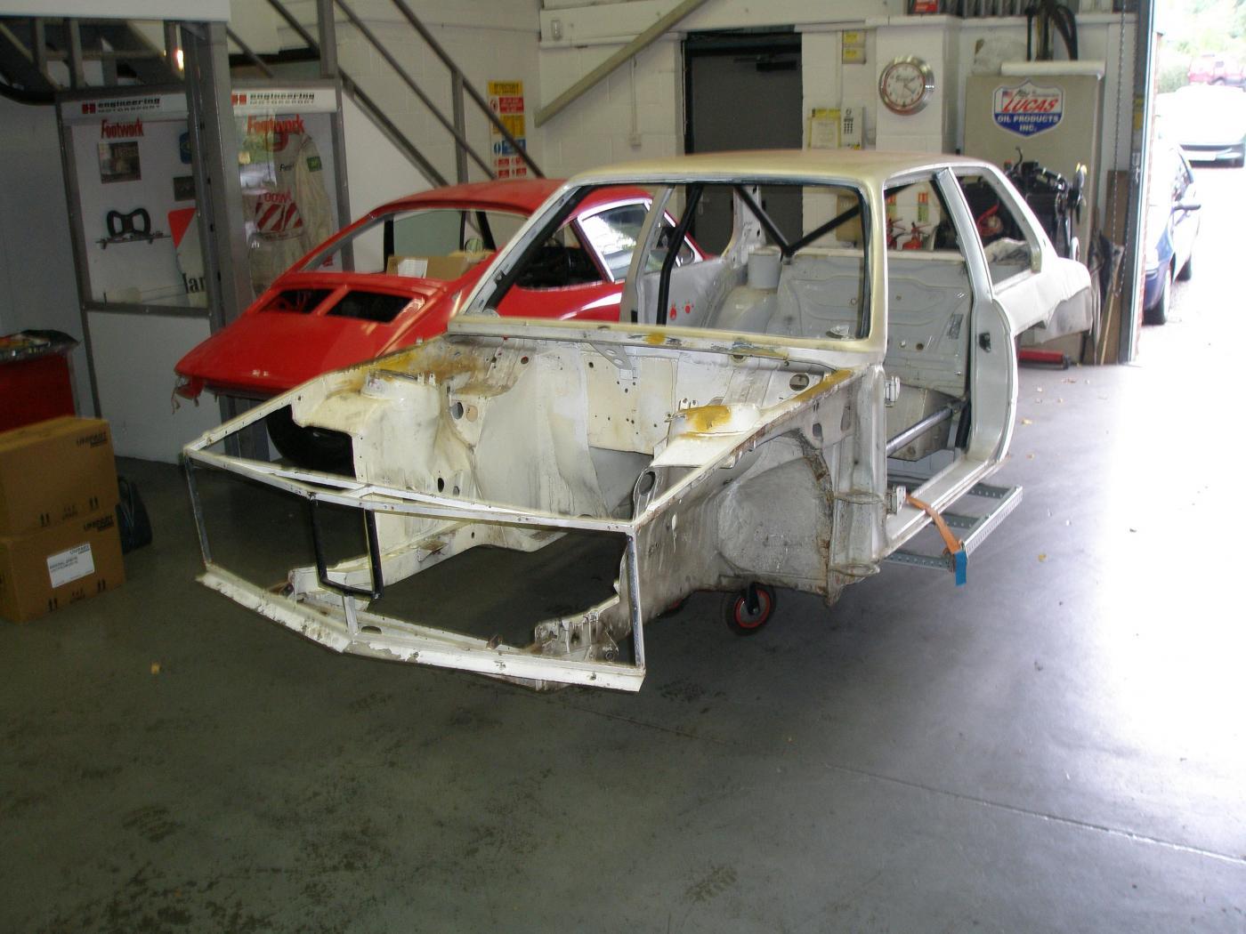 Fiche-occasion-BMW-Serie-3-E21-2.jpeg