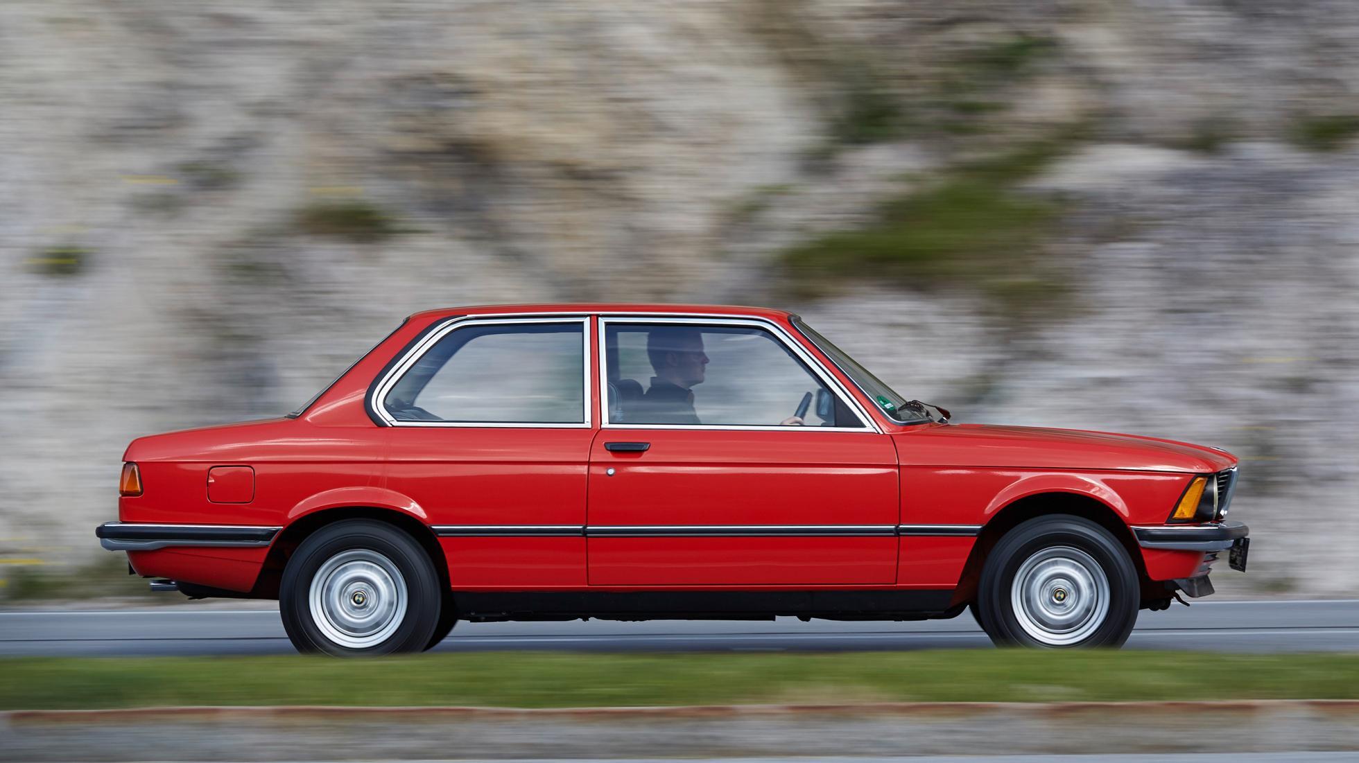 Fiche-occasion-BMW-Serie-3-E21-6.jpg
