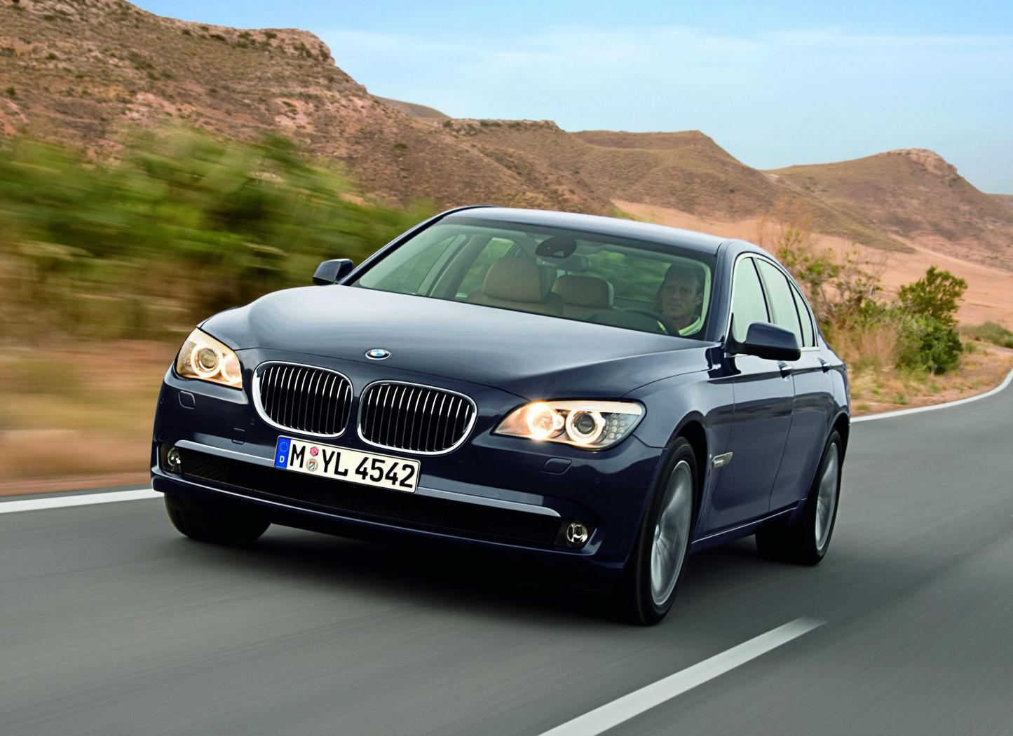 Fiche-occasion-BMW-Serie-7-F-F01-F02-F03-et-F04-4.jpeg