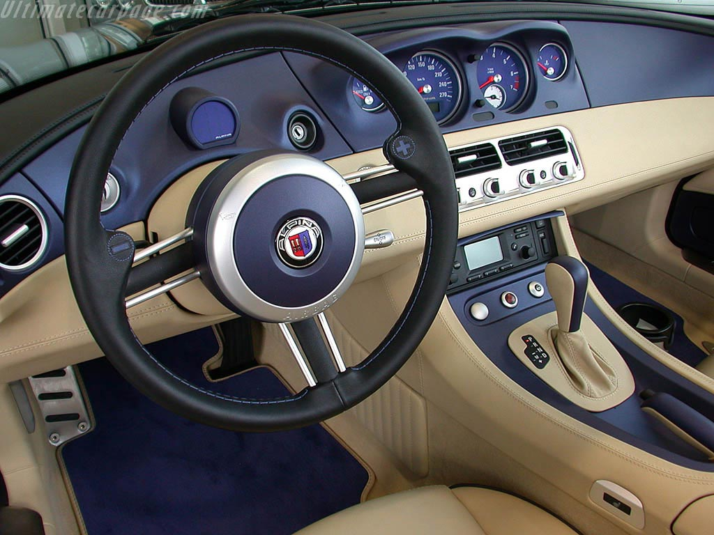 Interieur-Alpina-Z8.jpg