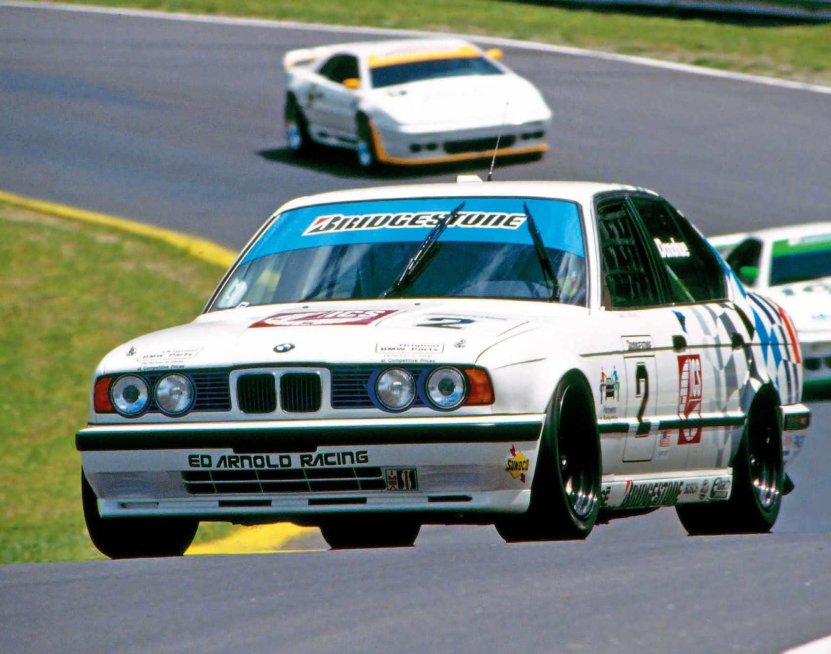 La-BMW-M5-E34-en-course.jpg