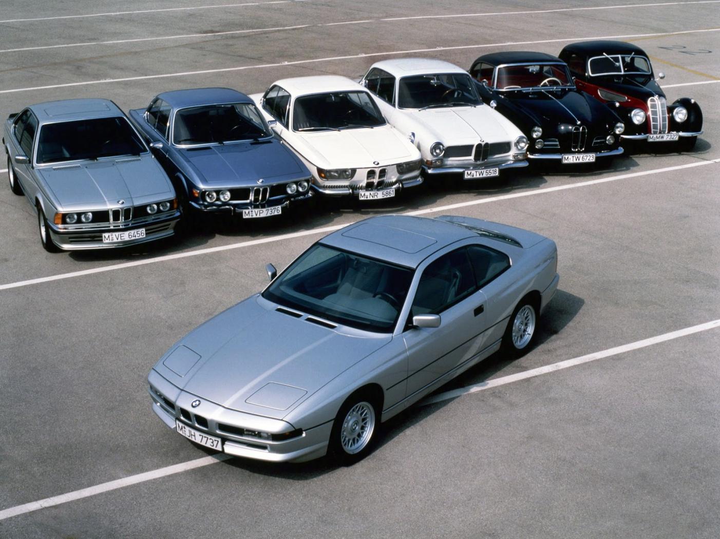 La-Serie-8-avec-d-autres-modeles-BMW.jpeg