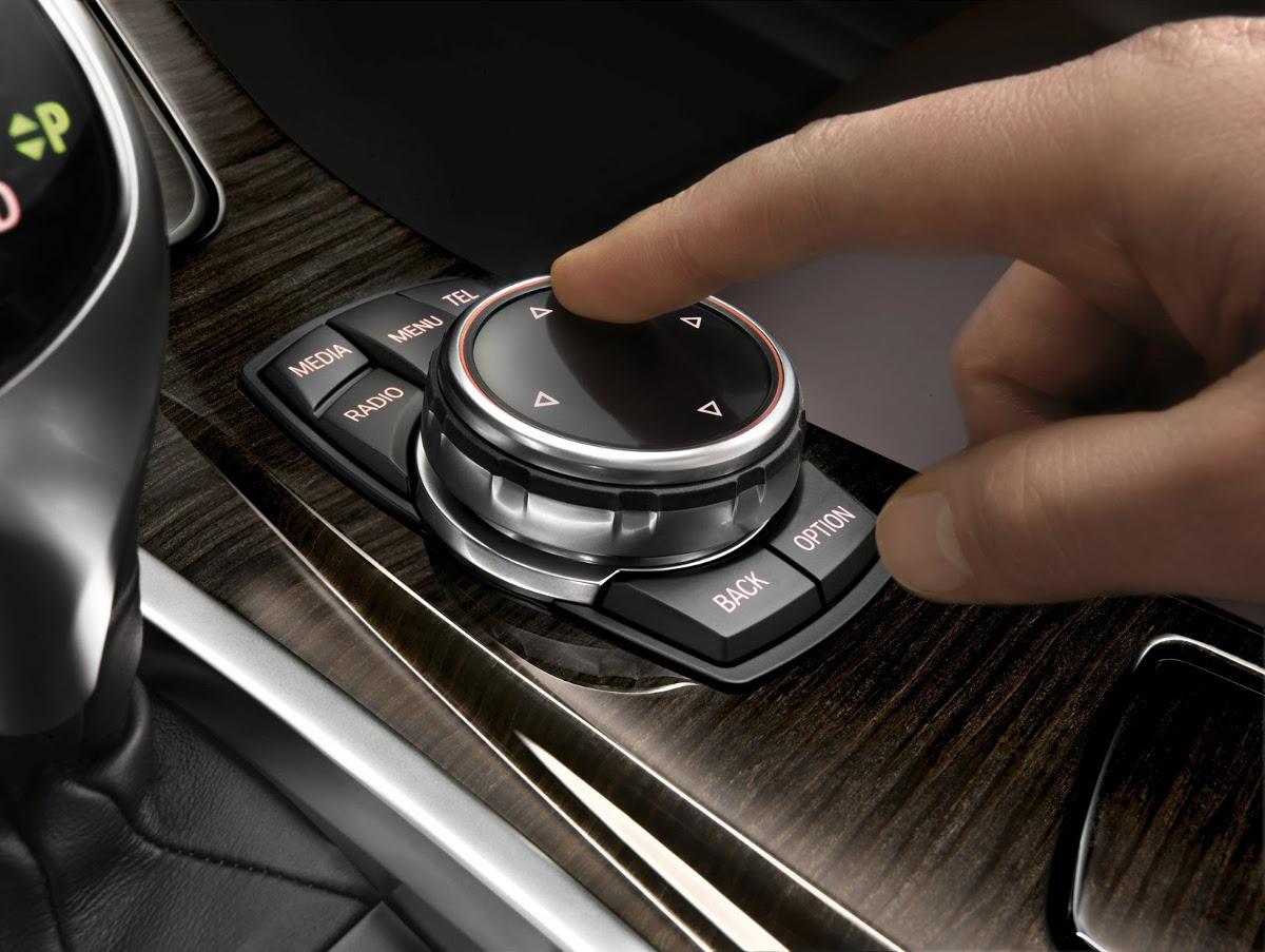 Le-business-des-mises-a-jour-GPS-BMW-6.jpg