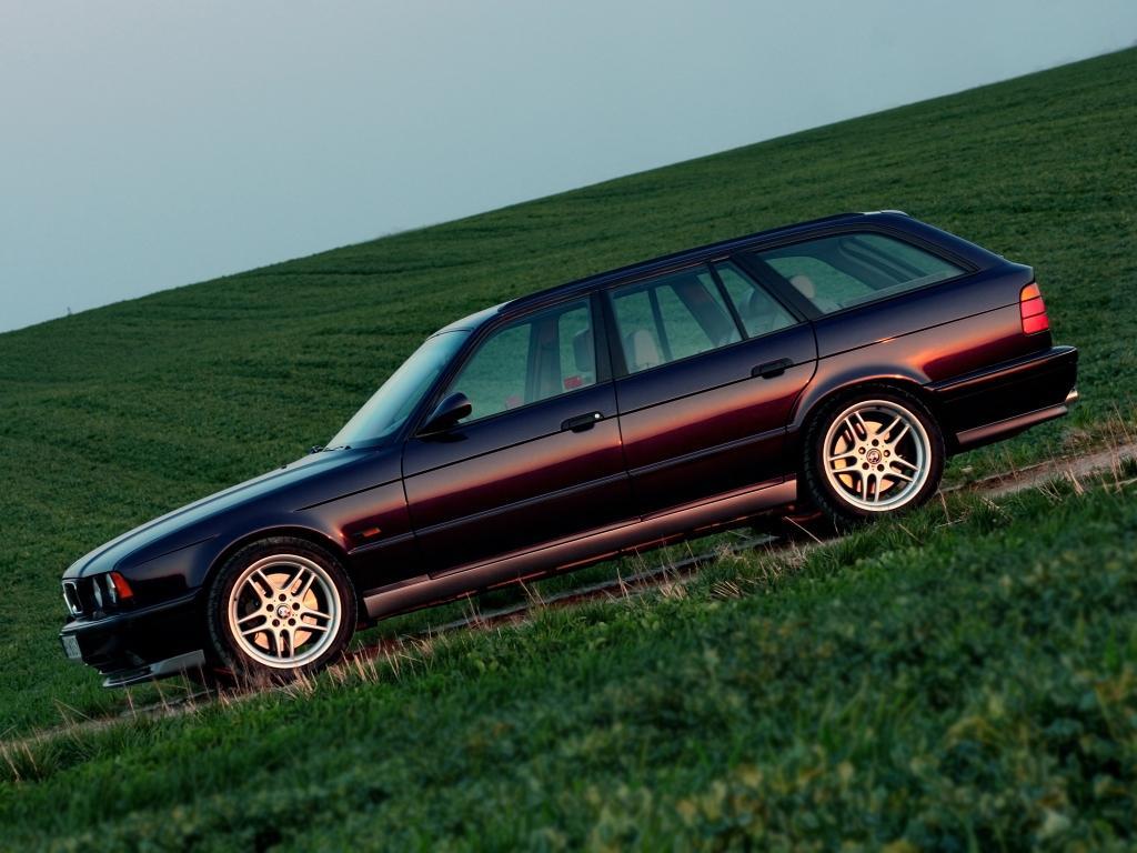 M5-Touring-E34.jpeg