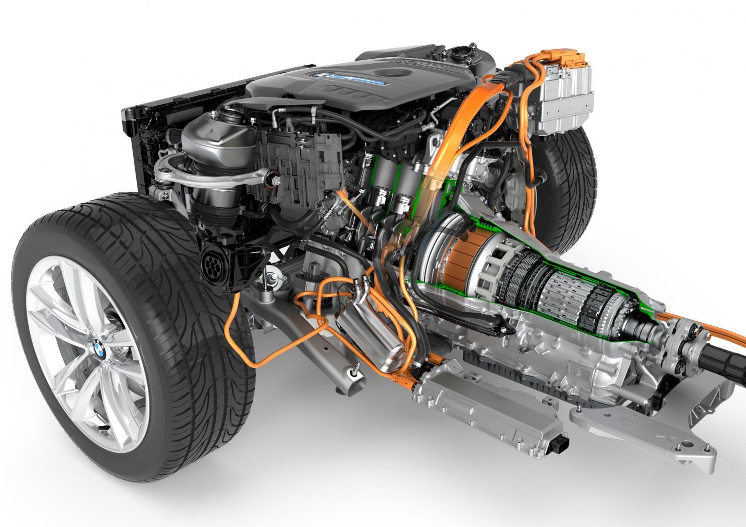 Moteur-hybride-Serie-7-eDrive.jpeg