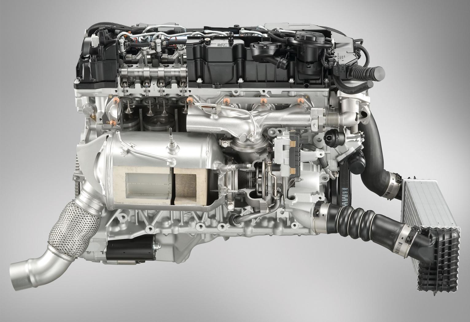 Moteurs-BMW-six-cylindres-en-ligne-11.jpeg
