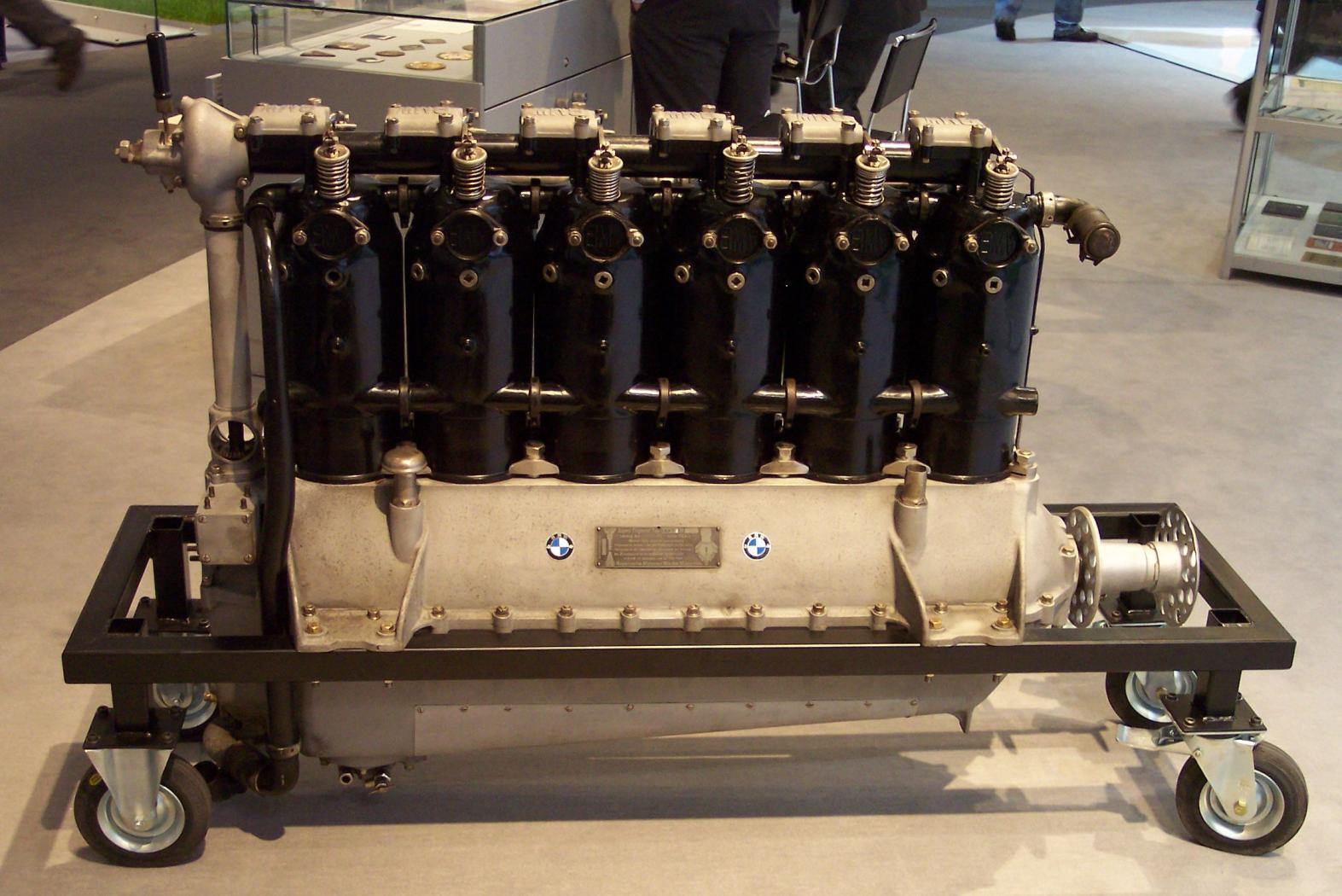 Moteurs-BMW-six-cylindres-en-ligne-2.jpeg