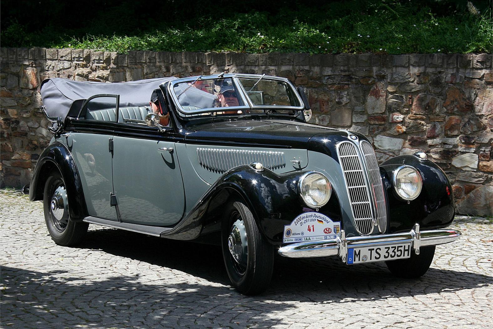 Moteurs-BMW-six-cylindres-en-ligne-3.jpeg