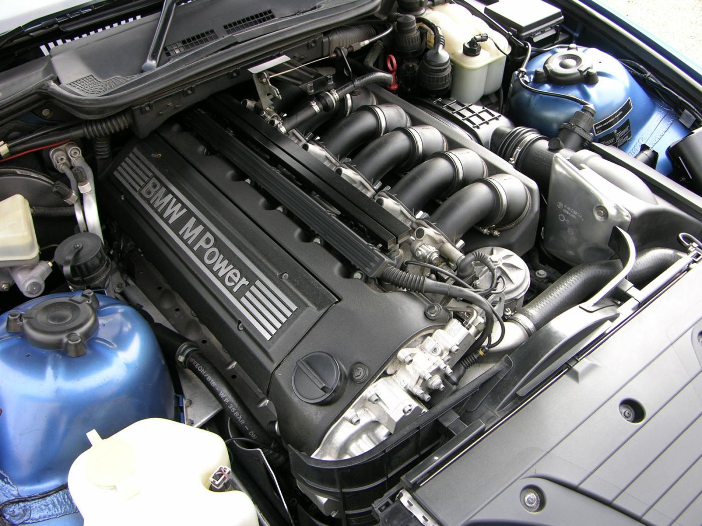 Moteurs-BMW-six-cylindres-en-ligne-9.jpeg
