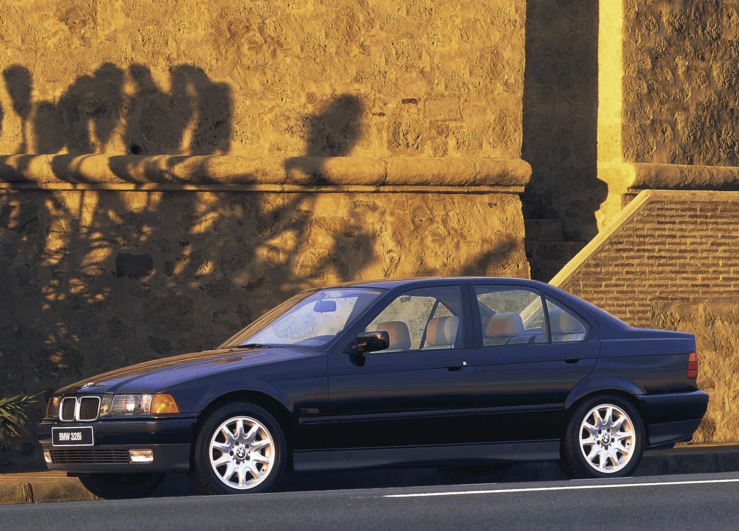 BMW Série 3 E36 : Une référence dans le monde automobile ...