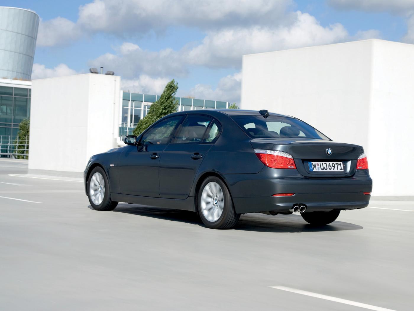 Serie-5-E60-2008.jpeg