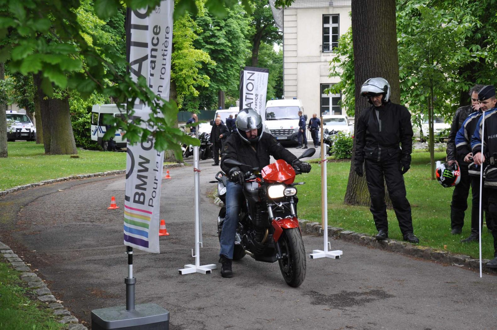 Stage-de-securite-routiere-BMW.jpeg