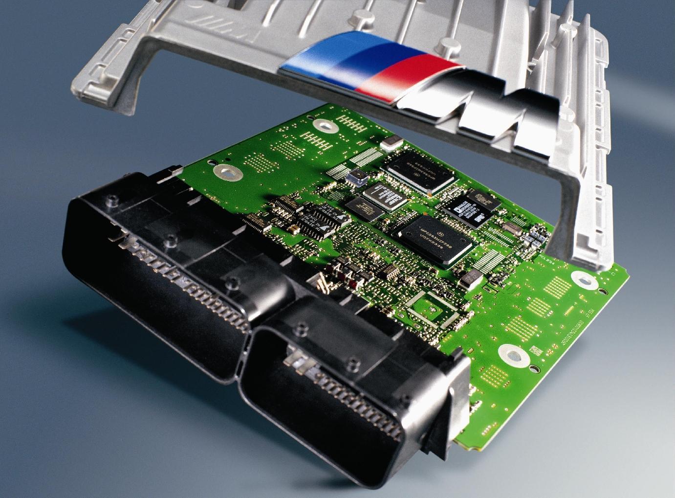 Systeme-gestion-moteur-MSS65-M6-E63-E64.jpg