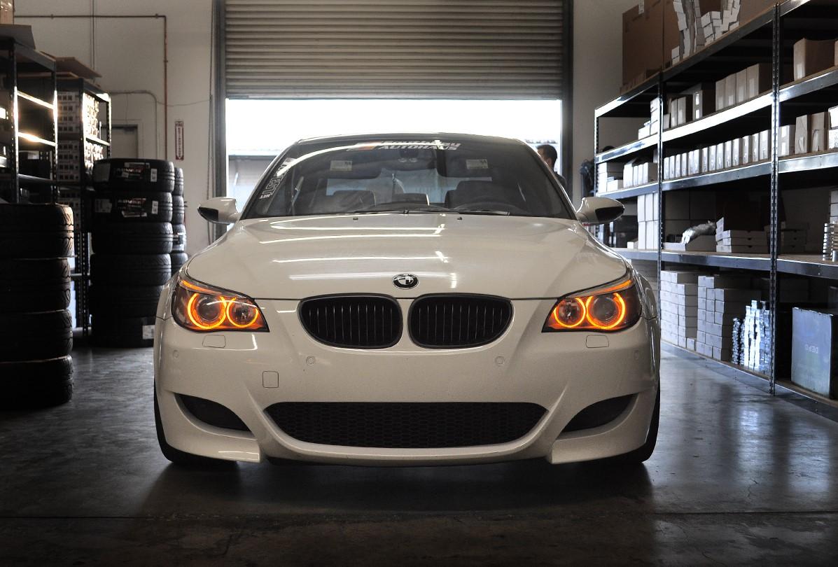 Tutoriel-comment-ameliorer-les-feux-dune-BMW-3-E90--1.jpg