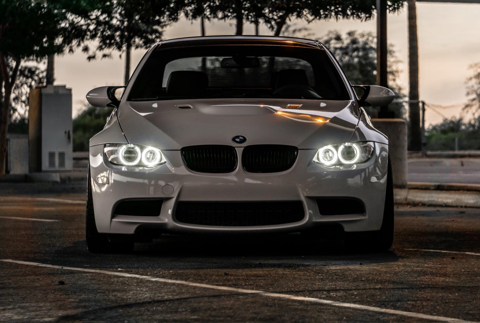 Tutoriel-comment-ameliorer-les-feux-dune-BMW-3-E90--9.jpeg