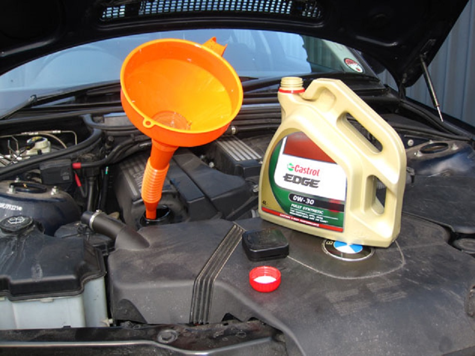 Tutoriel-vidange-moteur-et-remise-a-zero-de-lindicateur-de-maintenance-de-la-BMW-Serie-3-E46-11.jpg