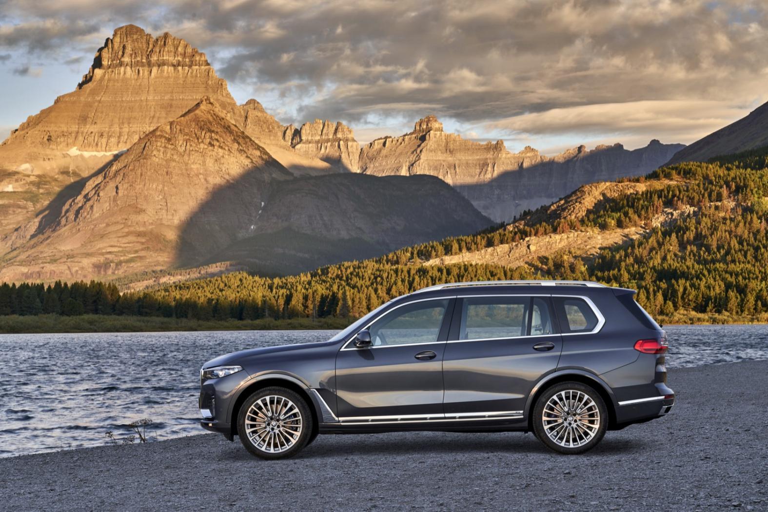 X7-le-nouveau-SUV-XXL-de-BMW-12.jpeg