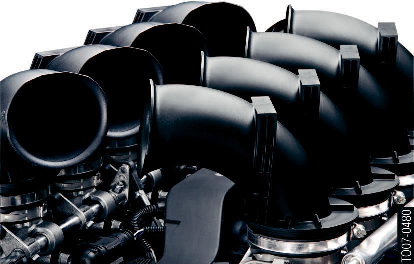 le-moteur-S65B40-sans-collecteur-d-admission.jpeg